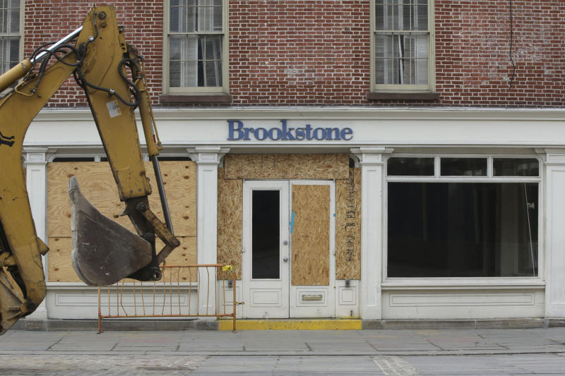 NYC seaport a 'ghost town' months after Sandy