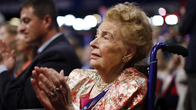 Conservative icon, author Phyllis Schlafly dies at 92