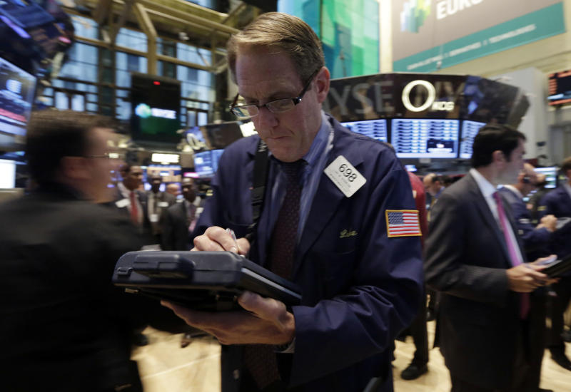 S&P 500 index falls after 4 days of record closes