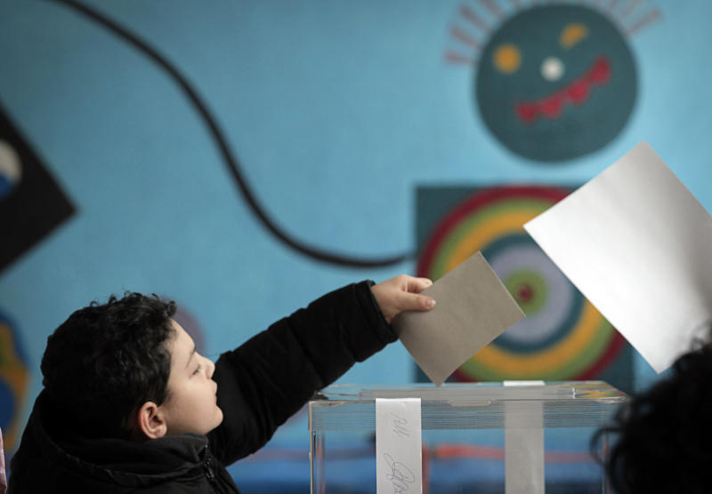 Nuclear vote turnout appears too low in Bulgaria
