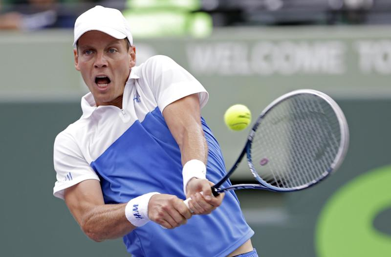 Berdych, Raonic advance at Portugal Open