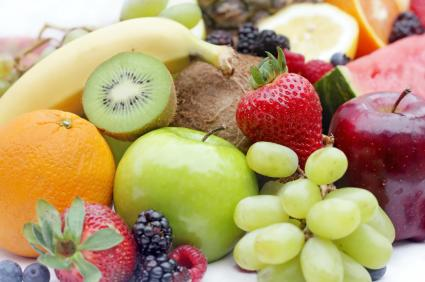 """<div class=""""caption-credit""""> Photo by: iStockphoto</div><div class=""""caption-title""""></div><b>Fruits and vegetables - 9.7% of food choking ER visits <br></b> Like with hot dogs, fruits and vegetables are difficult to chew and kids can bite off bigger bites. Make sure things are prepared in small pieces."""