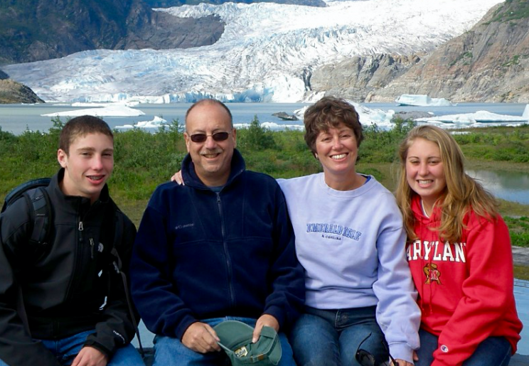 Drew Gintis, left, and his family (Courtesy of the Gintis family)