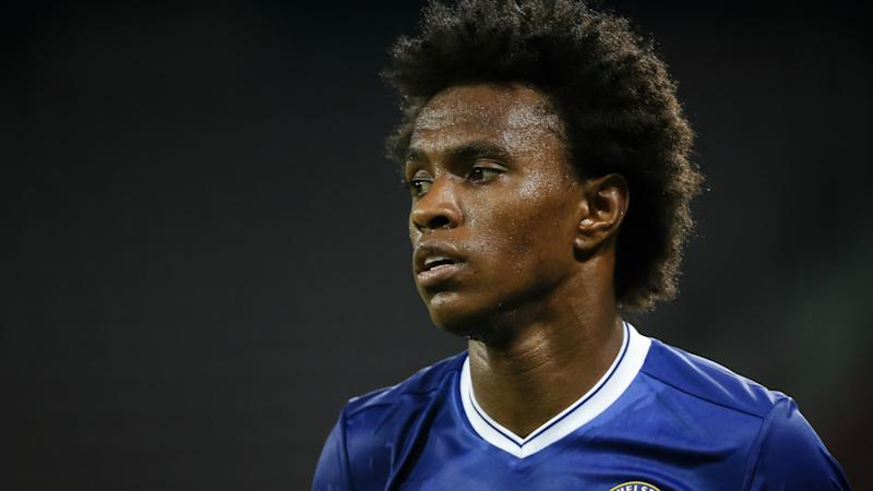 Willian flattered by Mourinho interest