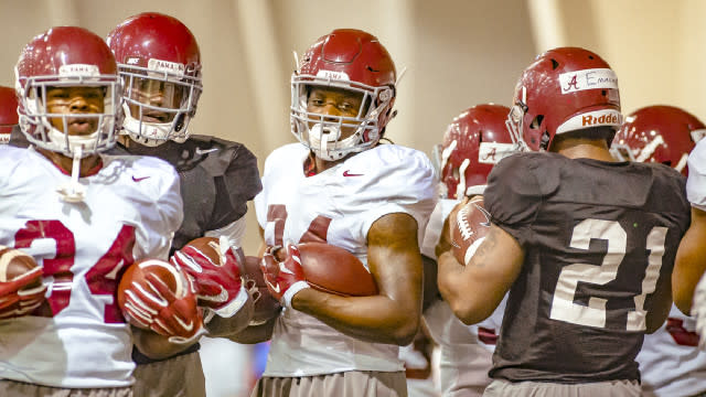 Alabama notebook: Scarbrough 'gaining confidence' amid crowded Tide backfield