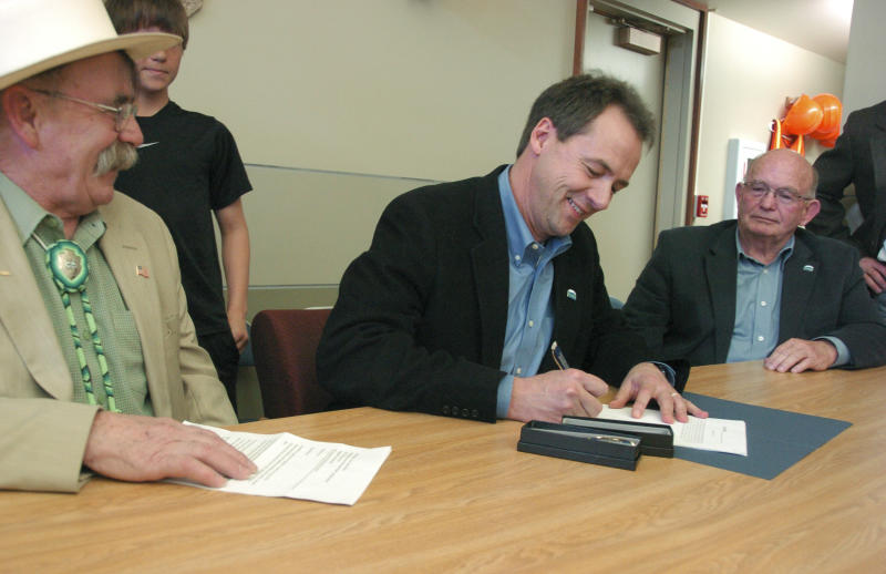 Bullock signs law creating new board for parks