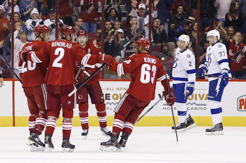 Coyotes too much for Lightning 6-3