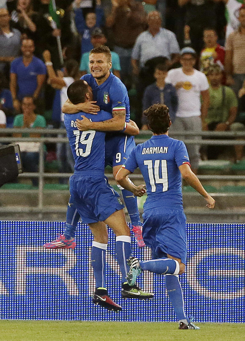 Italy beats Netherlands 2-0 on early goals