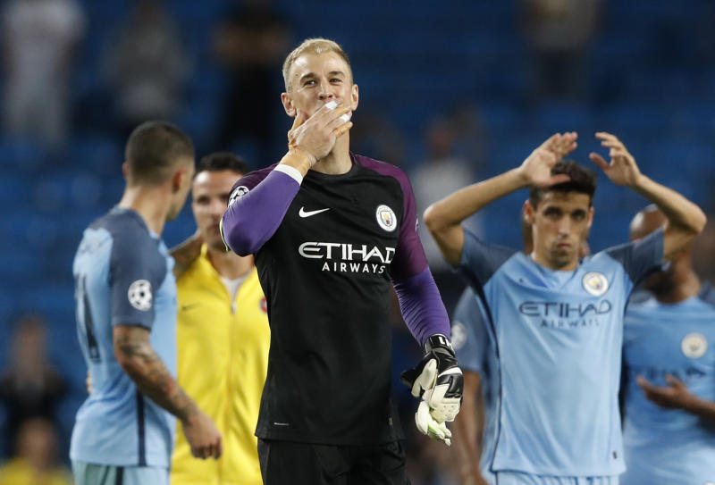 Claudio Bravo completes €18m move to Manchester City