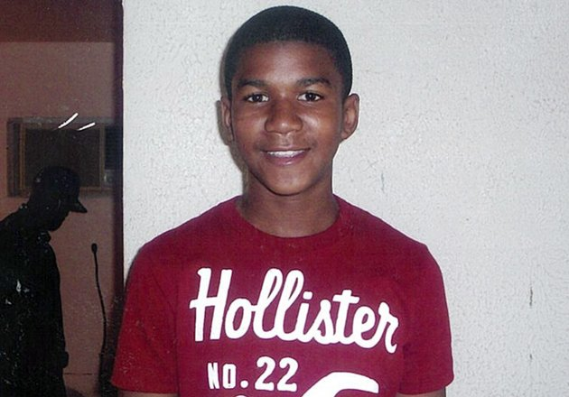 Trayvon Martin shooting: Debate over photos escalates