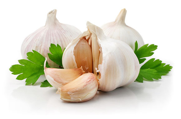 http://l.yimg.com/os/153/2012/10/23/garlic-jpg_222621.jpg