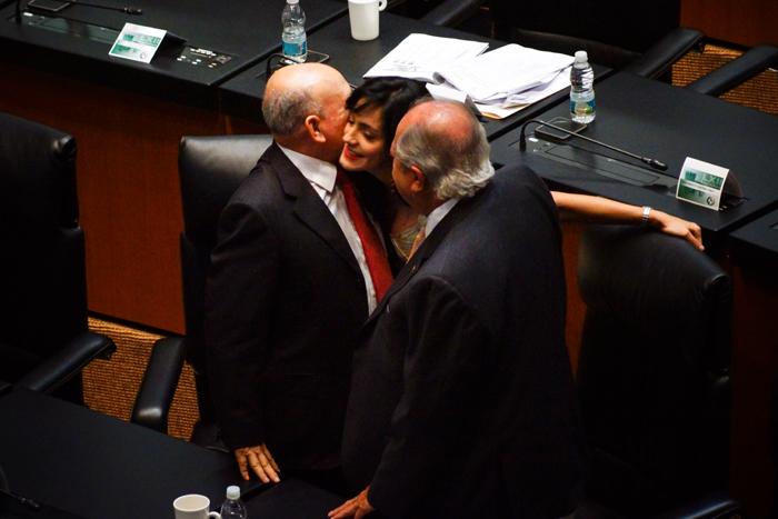 Me parece perverso Senadores-Cavazos-vs-Deschamps-1-jpg_075024 Antes muerto que sencillo