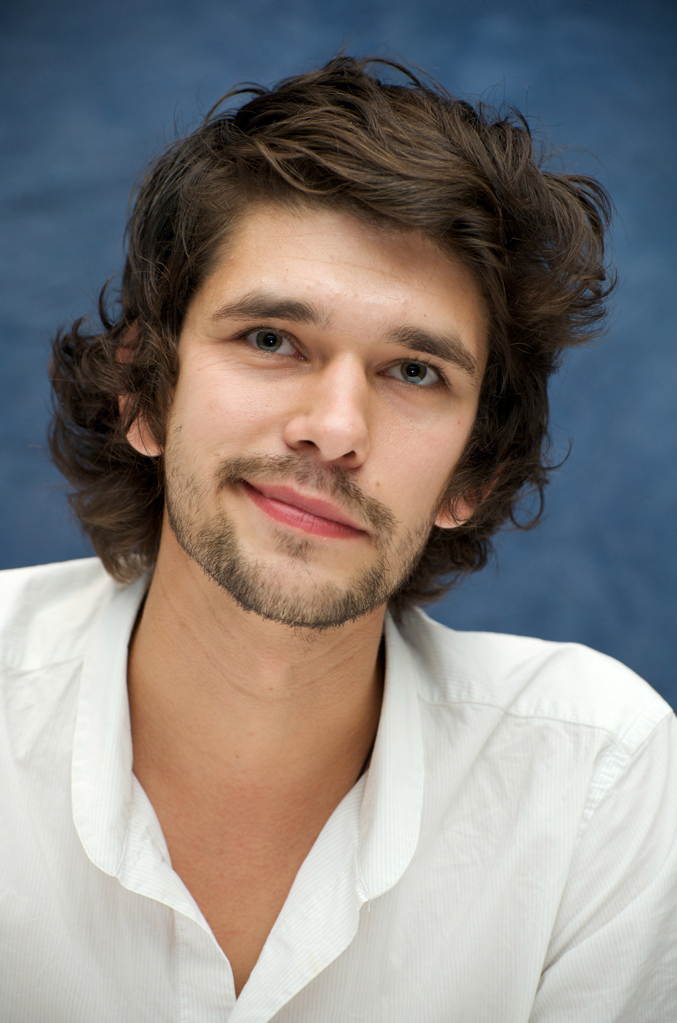Ben Whishaw Profile Pic