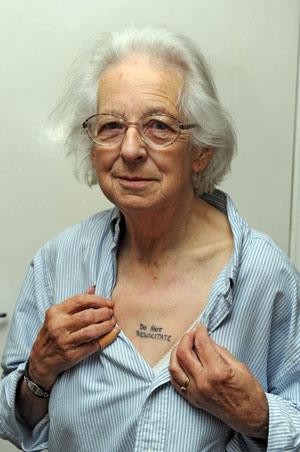 Tattoos on Rentnerin Tr  Gt Tattoo Mit Ansage   Yahoo  Nachrichten Deutschland