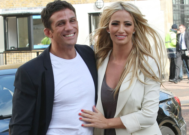 ... to announce that Chantelle is nearly three months into her pregnancy.