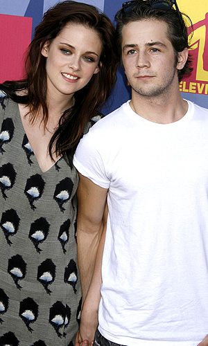 Stewart and Angarano in 2008.(Jeffrey Mayer/WireImage)