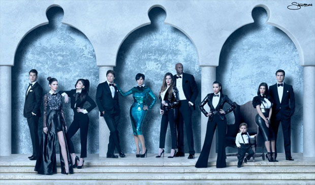 The Kardashians glam up for their 2011 3D Christmas card. (Celebuzz)