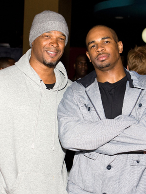The actor with dad Damon Wayans. (Chelsea Lauren/WireImage)