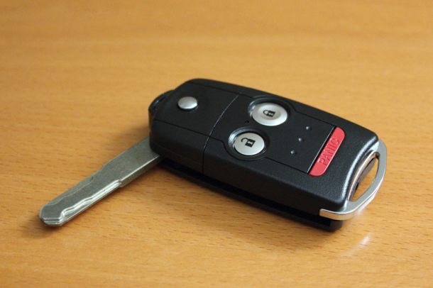 How To Instantly Lower Your Car Windows With The Key Remote
