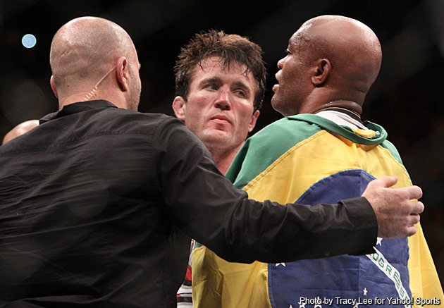 Anderson Silva (right) got a second-round TKO win over Chael Sonnen. (Special to Y! Sports)
