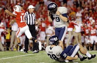Utah State misses a last-second field goal. (AP)