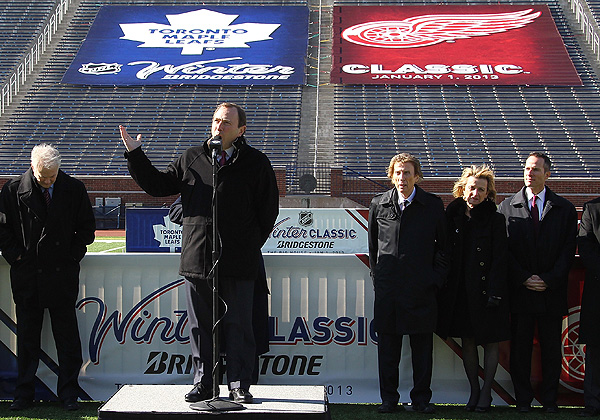 Just because there's no Winter Classic doesn't mean the players can't take it outside. (Getty)