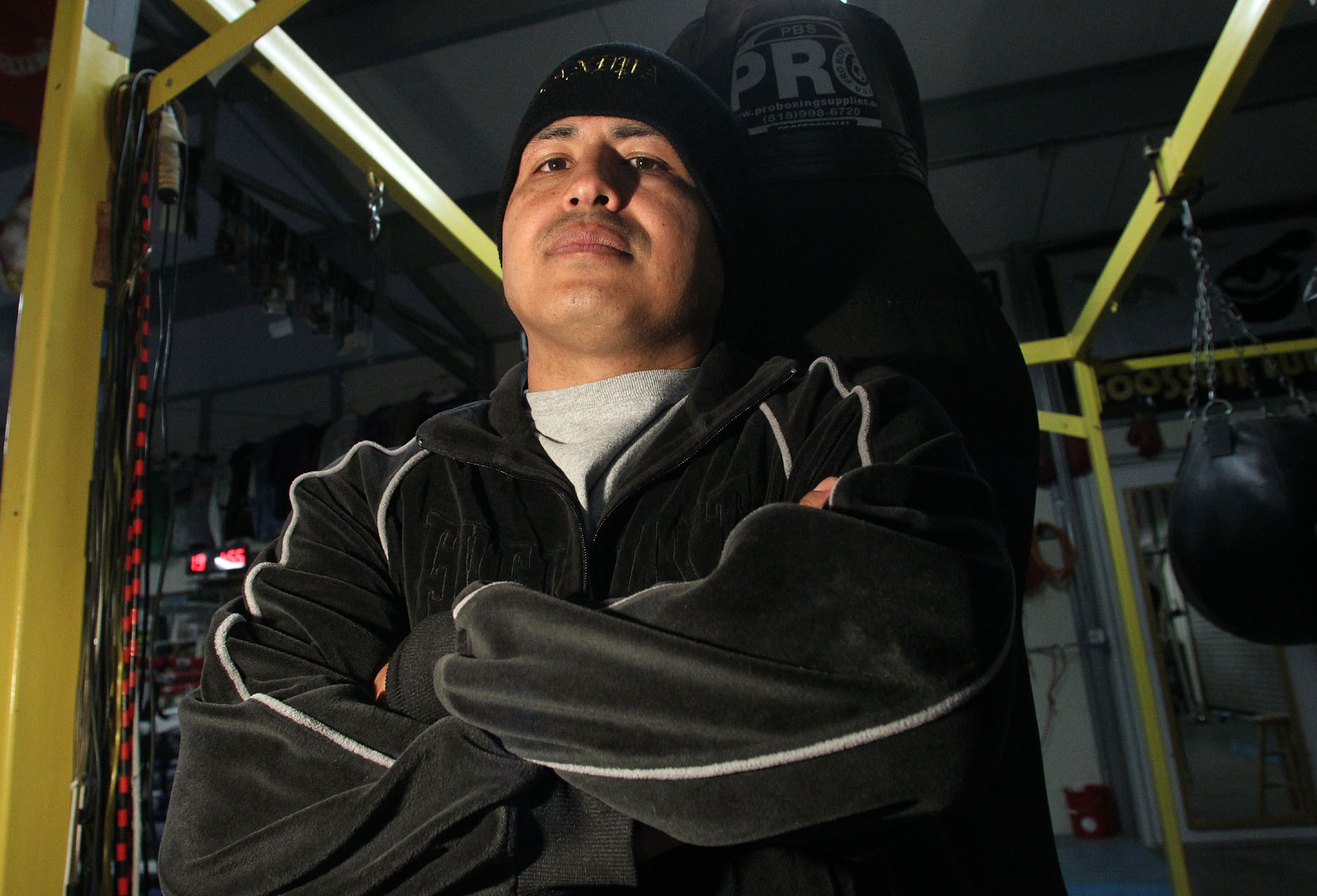 Robert Garcia keeps training camp open so brother Mikey can remain happy and focused. (Chris Farina/Top Rank)