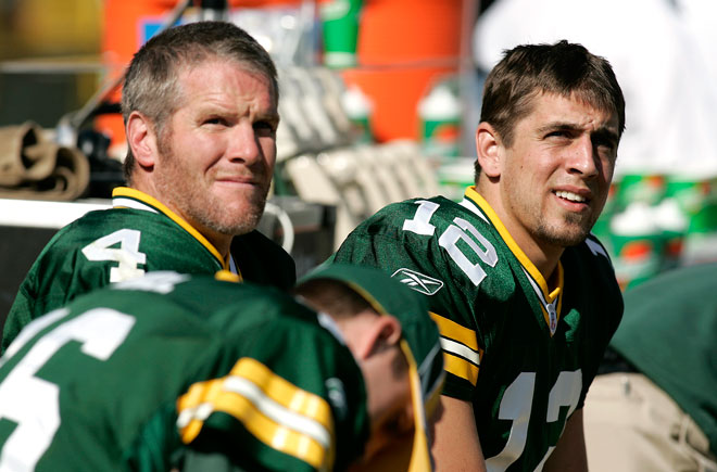 Brett Favre and Aaron Rodgers as teammates with the Packers in 2005. (Getty)