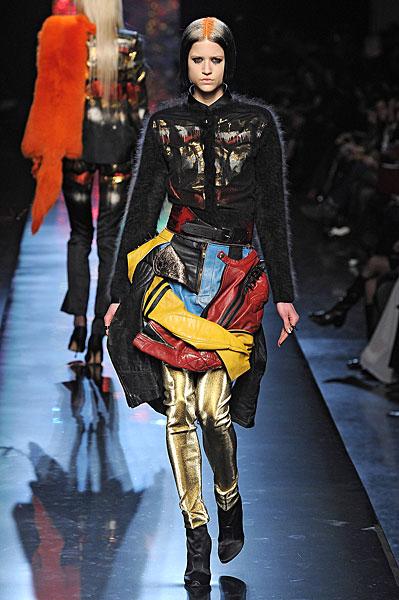http://l.yimg.com/os/401/2012/03/07/Jean-Paul-Gaultier-AW12-in-Paris-jpg_142714.jpg