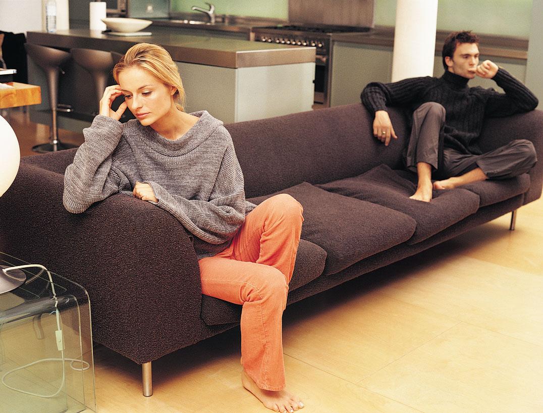 لماذا المرأة يهينها زوجها؟ طريقه