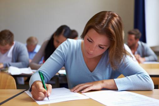 ثمانية خطوات لاجتياز الأسرة فترة الامتحانات 133822830-jpg_093303