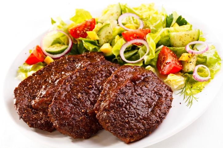 شرائح اللحم بالخضراوات