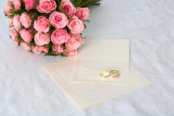 اتيكيت دعوات الزفاف 76763391-jpg_062354