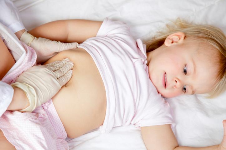 اعطاء الرضيع المواد الدهنية كعلاج للكحة
