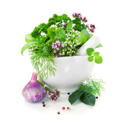 الأعشاب... صيدليّة متكاملة داخل منزلك؟ 123511058-jpg_085204