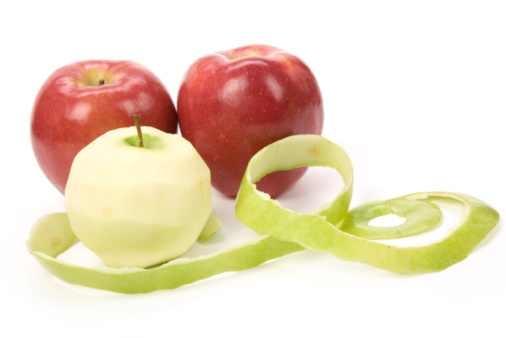 قشر التفاح ذخيرة حية للقضاء على البدانة apples-JPG_091255.jp
