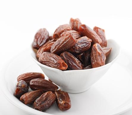 التمر غذاء ودواء Dates-JPG_084231