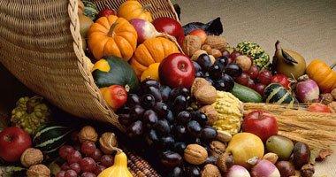 الفاكهة الغنية بالألياف تقى من العطش وقت الصيام 1-jpg_063909.jpg