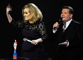 blog-Adele-BritAwards12-jpg_013907.jpg
