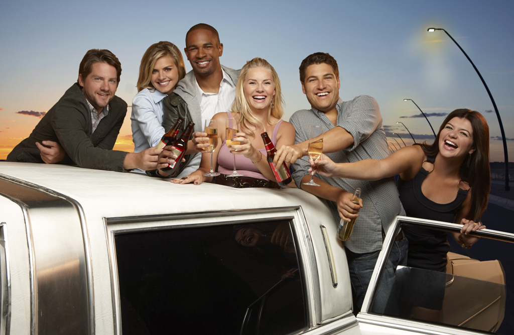 The Cast of 'Happy Endings' Talks Season 3, Ugly Kids, and Bear Max