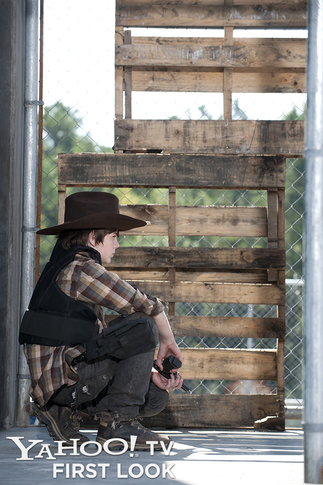 'The Walking Dead' exclusive photos: Daryl, Merle, and Carl are ready for battle