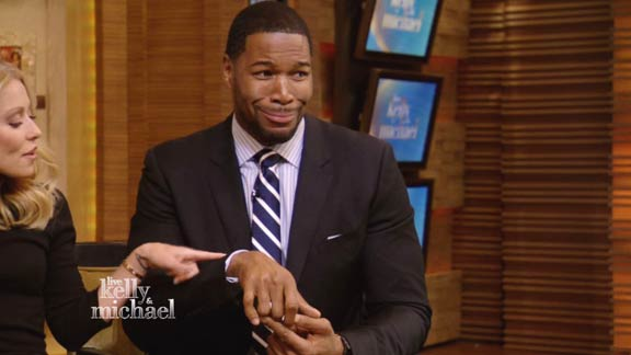 Michael Strahan's Twisted Fingers