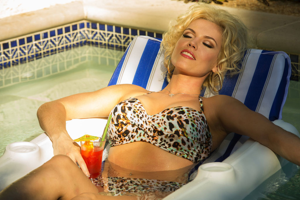 "Agnes Bruckner as Anna Nicole Smith in the Lifetime Original Movie, ""Anna Nicole."""