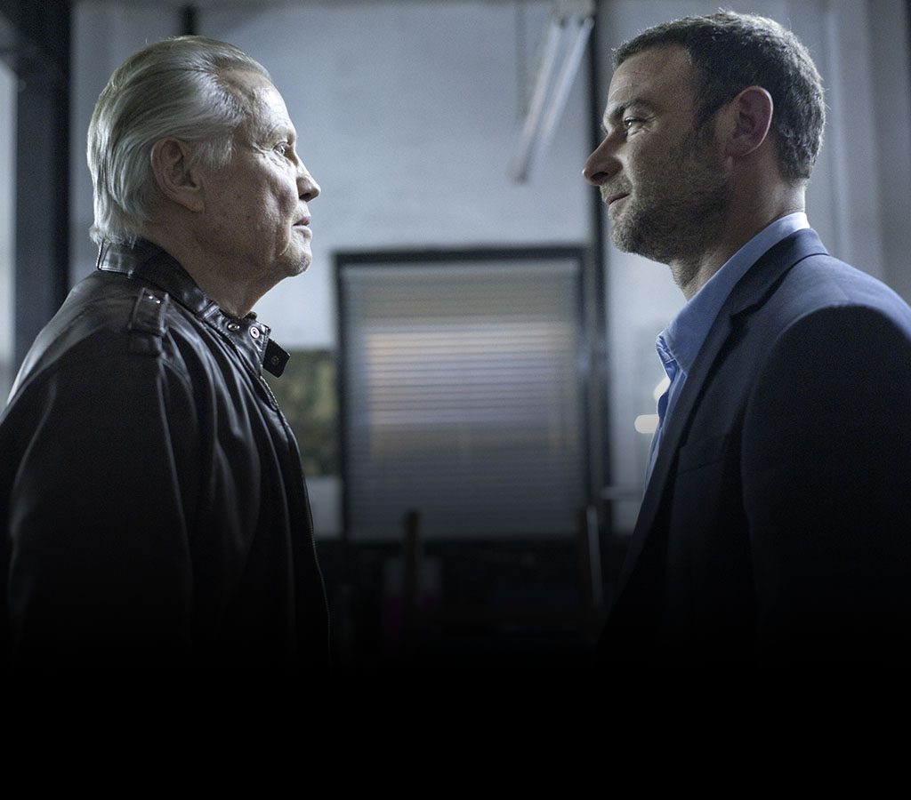 Jon Voight as Mickey Donovan and Liev Schreiber as Ray Donovan in Ray Donovan (Season 1, Episode 1). - Photo: Suzanne Tenner/SHOWTIME - Photo ID: raydonovan_101_1515.R