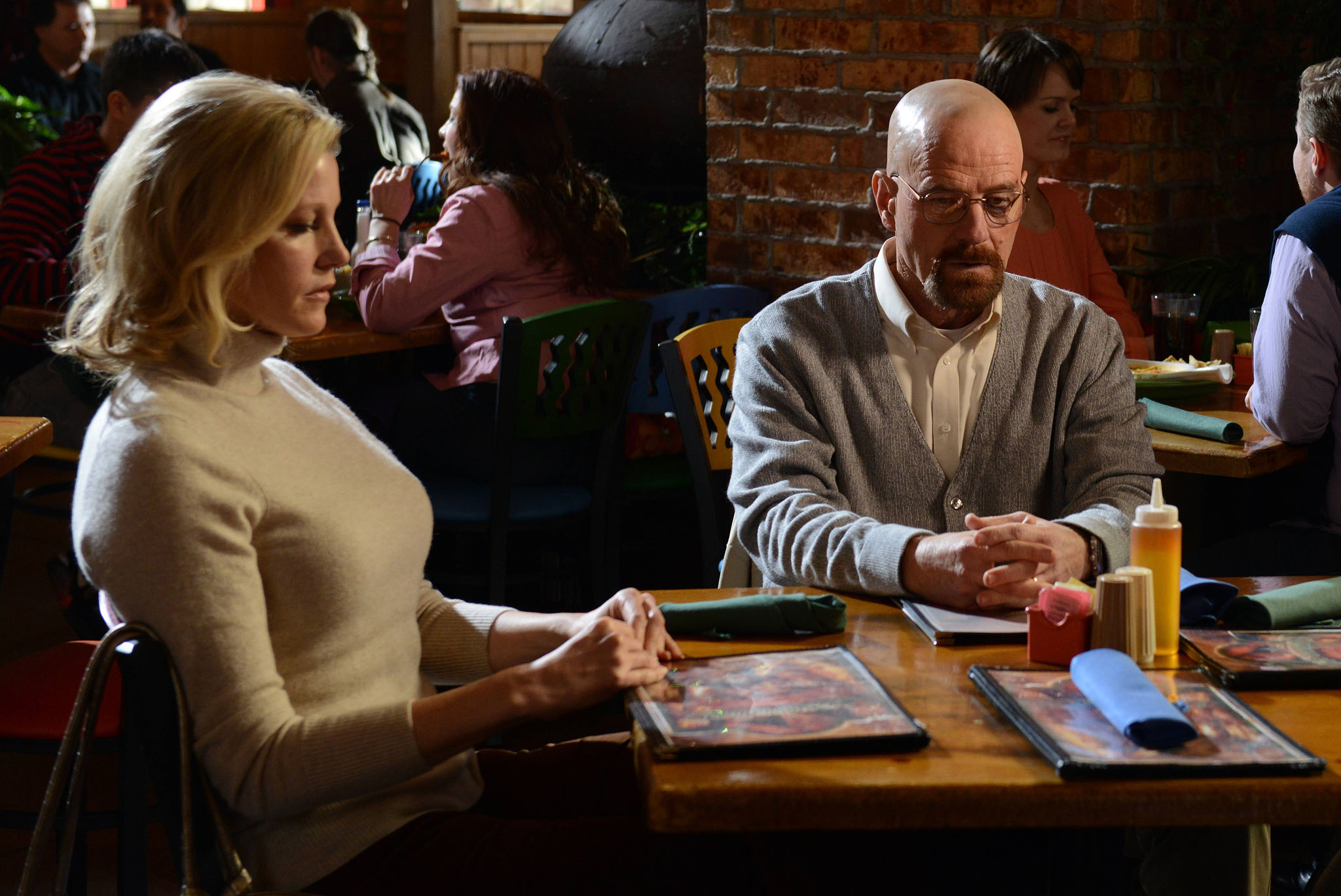 Skyler White (Anna Gunn) and Walter White (Bryan Cranston) in the 'Breaking Bad' Season 5 episode, 'Confessions.'