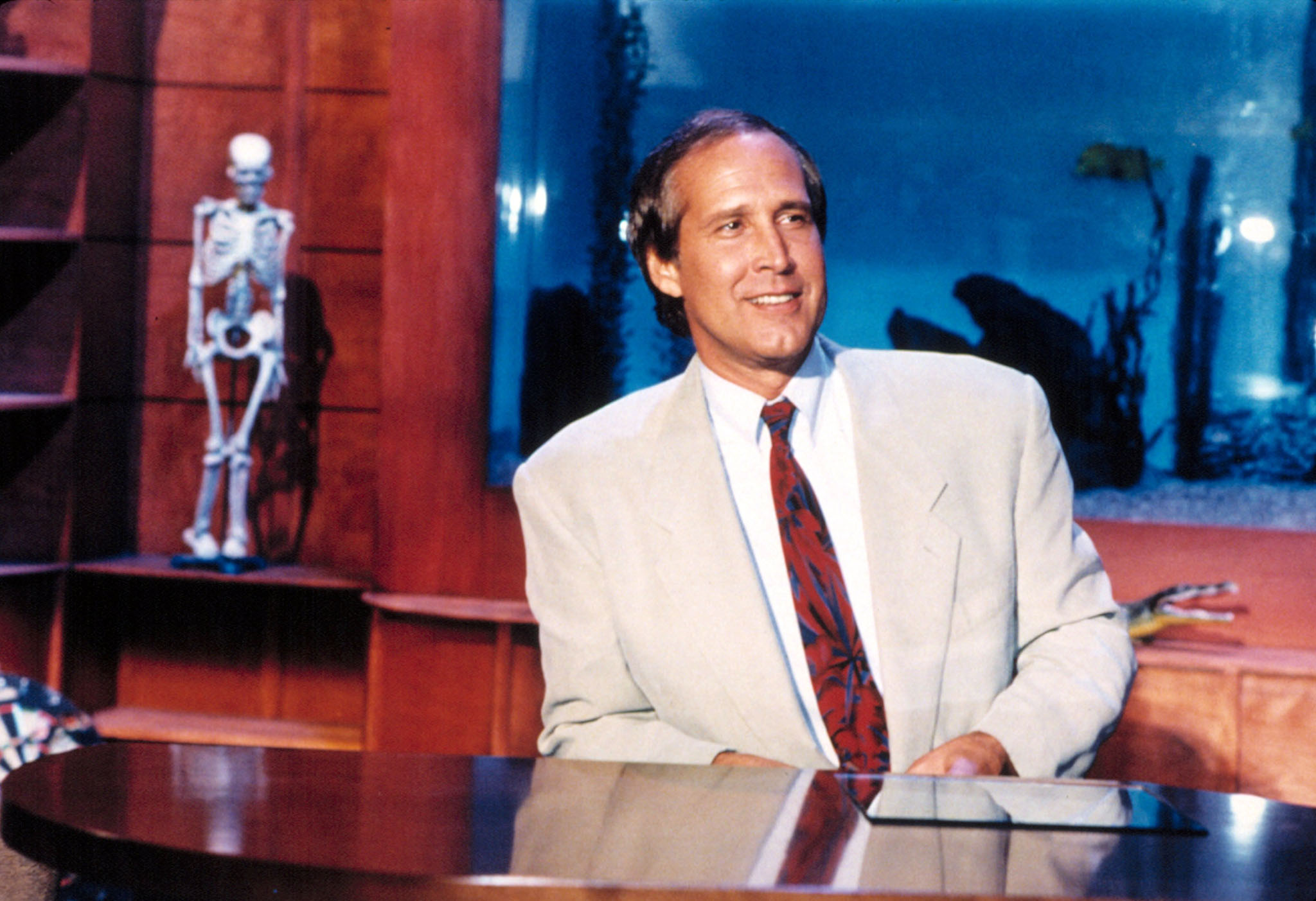Chevy Chase hosting Fox's 'The Chevy Chase Show' in 1993 (Everett Collection)