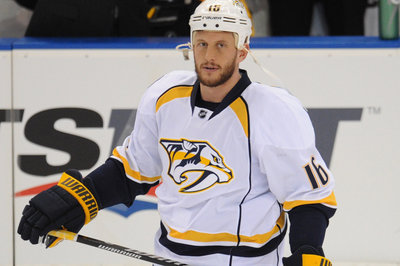 Rich Clune calls out Twitter chirper... literally