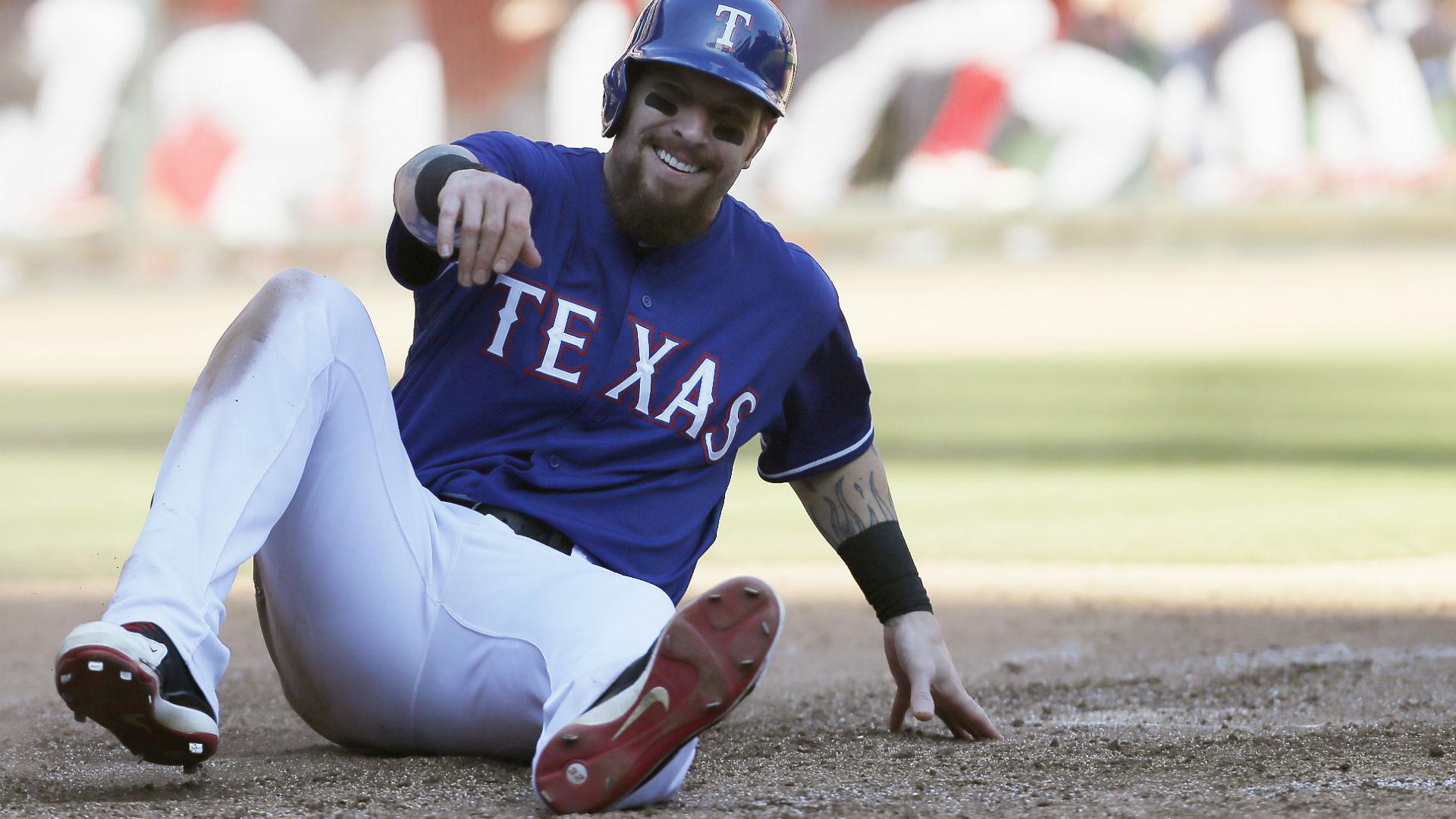Josh Hamilton Will Miss All Season With Another Knee Surgery