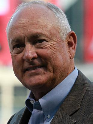 Nolan Ryan to release beef cookbook in 2014