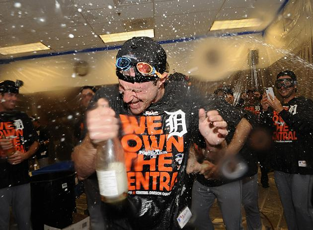 Tigers clinch third consecutive AL Central title